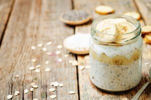 chia banán raw puding recept