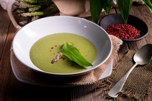 polievka z medvedieho cesnaku recept