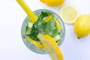 šalviovo mätová limonáda